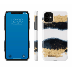iDeal Of Sweden iPhone 11  - Gleaming Licorice Svart