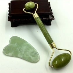Facial Massage Crystal Roller Jade Rolling Stone Pure Natural Green 1pc