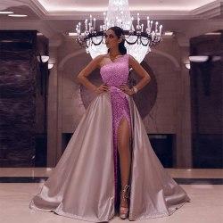 Kvinnor en axel uppenbara klänningar Pink M