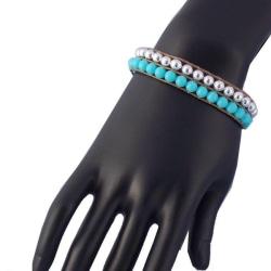 Makrame armband med blå och silverpärlor