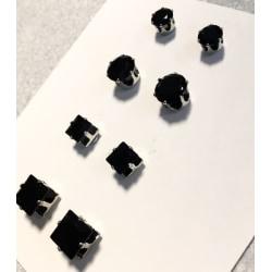 1par Magnet örhängen med svarta stenar  Fyrkantiga 6mm