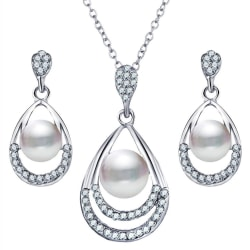 Silver Smyckesset med Pärlor & Kristaller - Halsband & Örhängen  Silver