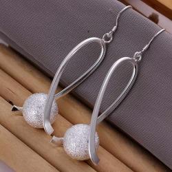 Trendiga Långa Silver Örhängen med Glitter Boll & Unik Design  Silver