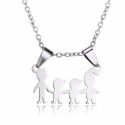 Halsband med berlock figurer familj smycke silver