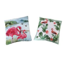 Ett set med två trendiga prydnadskuddar med Flamingo motiv MultiColor
