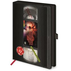 Stranger Things S2 VHS A5 Notebook A5 Svart / Röd Black/Red A5