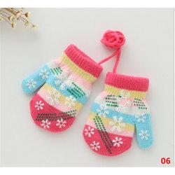 Snowflake spädbarn baby pojkar flickor barn höst vinter varma handskar