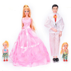 Family 4 People Dolls Suits 1 Mom/1Dad/2 Little Girl for barbie,