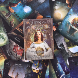 44PCS Queen Of The Moon Oracle Cards English Version Board Game
