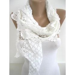 Elegant Sjal /scarf vit färg Vit