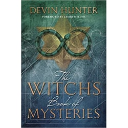 The Witch's Book of Mysteries 9780738756561