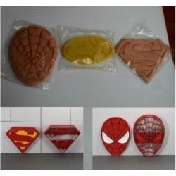 Spiderman/badman/Superman Cookie cutter multifärg L