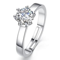 Vacker ring med strasskristall