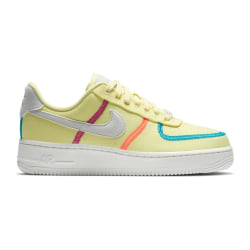 Nike Air Force 1 07 LX Gula 40