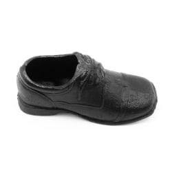 Två par skor i gjutjärn