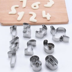 Set med 9st Siffror Kakformar Silver