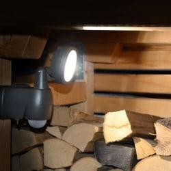 Brennenstuhl Batteridriven LED-strålkastare LUFOS PIR IP44 10m Svart