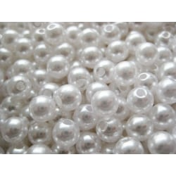 600 vita akrylpärlor pärlimitation 6 mm