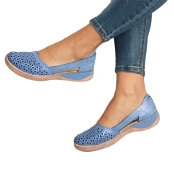 Ladies Baotou hollow sandals summer breathable and lightweight Blue,42