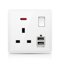 Wall Electric socket Outlet Switches & Sockets Plastic Panel 13A Socket+2USB