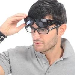 Solglasögon över vanliga glasögon