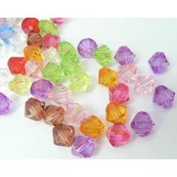 ca 1000 stycken Akrylpärlor Bicone 4mm Mixade färger