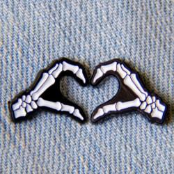 Cartoon Badges Skull Hand Heart Brooch Pins Enamel Women Backpac Black