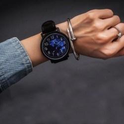 Armbandsur Konstläderband Cosmic Svart