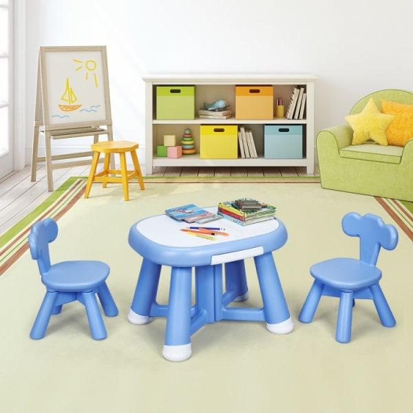Barnbordsset med två stolar
