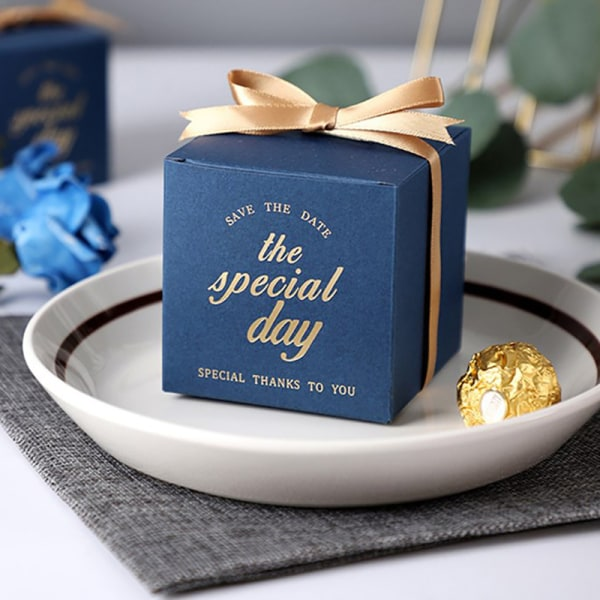10st / uppsättning Apecial Day Favor Gift Candy Box With Ribbon Wedding P