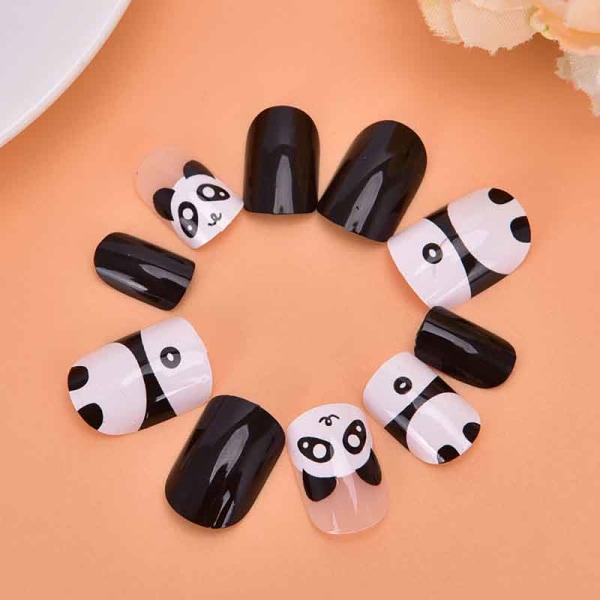 2020 Hot Beautiful False Nails Kids pressar på Cute Panda Chic Sh