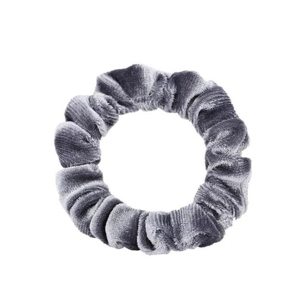 Tunn Scrunchie i Sammet (silvergrå) Silver