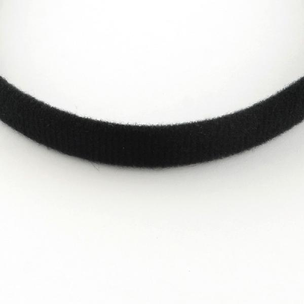 Svart  tygklädd diadem 12 mm. bred