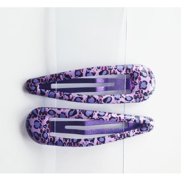 Hårspännen med leopardmönster lila