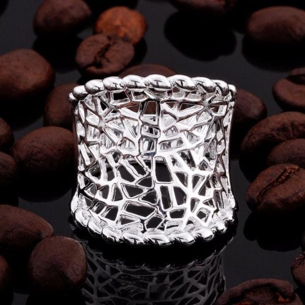 Bred Välvd Silver Ring med Fint Ihåligt Mönster - Stl 18,2 Silver