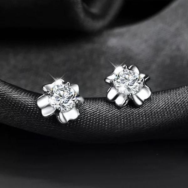 Silver Stud Örhängen - Fyrklöver / Blomma med Vit CZ Kristall  Silver