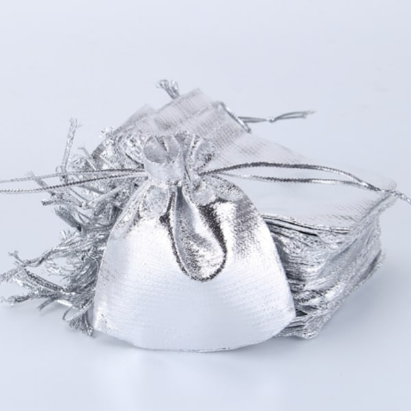 25-pack silvriga presentpåsar påsar kalas dop bröllop babyshower Silver