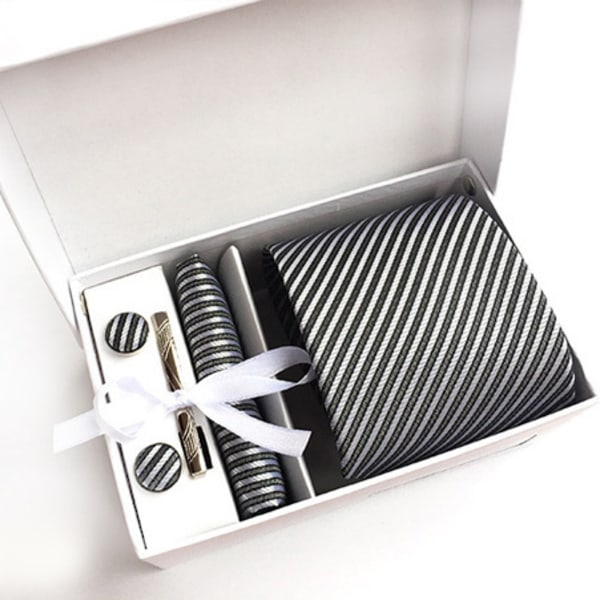 Paket med slips, ,manchettknappar, slipsnål och bröstnäsduk Svart / silver