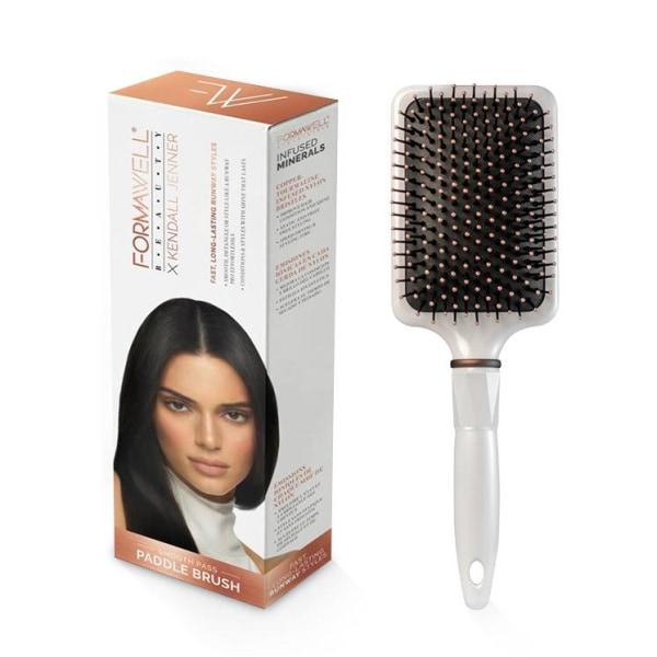 Formawell Beauty x Kendall Jenner Paddle Brush Svart