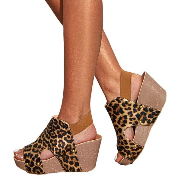 Dam Leopardmönstrade sandaler Högklackade kilavslappnade skor Leopardtryck 38