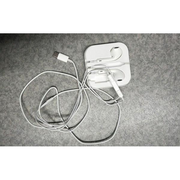 Premiumkvalitet USB-C Earphone Med Mikrofon volymkontroll Vit