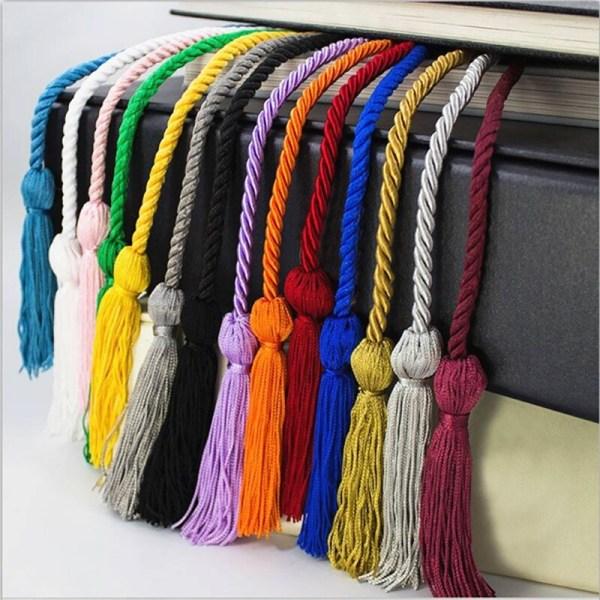 DIY flätat linband med tofs för examenselever