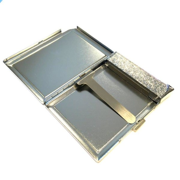 Refillable lighter and cigarett case for 10 cigarettes