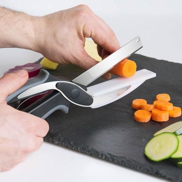 Saxkniv med Integrerad Skärbräda grå