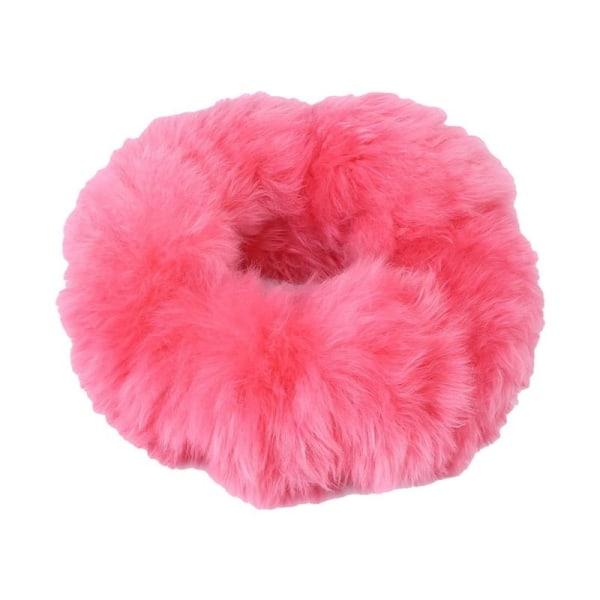 Kit med fluffig rosa rattmuff, handbromsmuff och växelspaksmuff