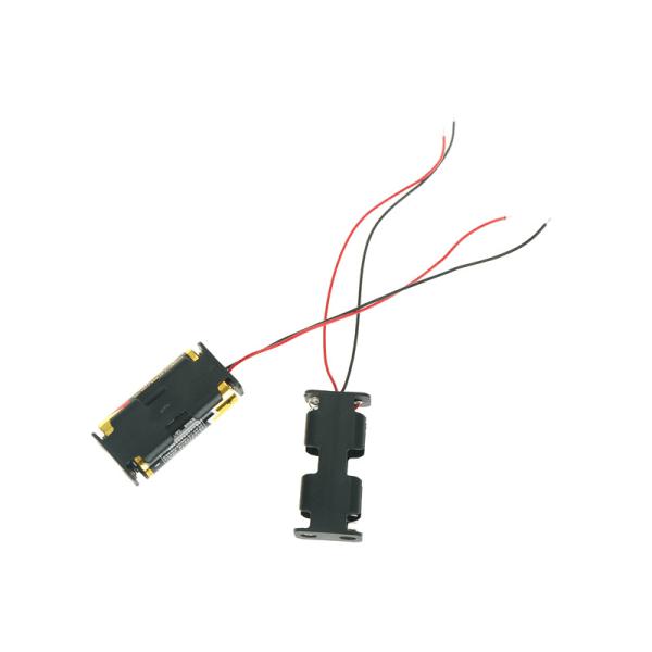 1st Svart batterihållare i plast med kabel för 2 x AA-batteri