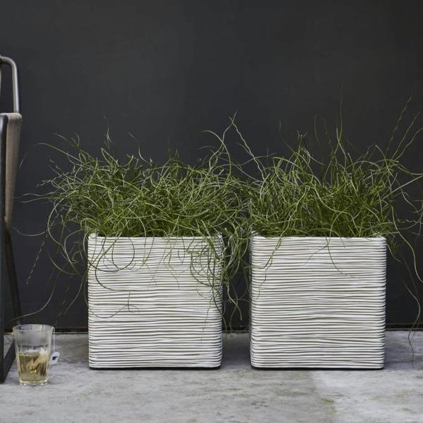 Capi Fyrkantig odlingslåda Nature Rib 40x40 cm elfenben KOFI903 Vit