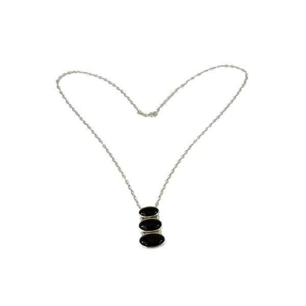 Elegant- Silverhalsband med 3 Onyx stenar - Trej