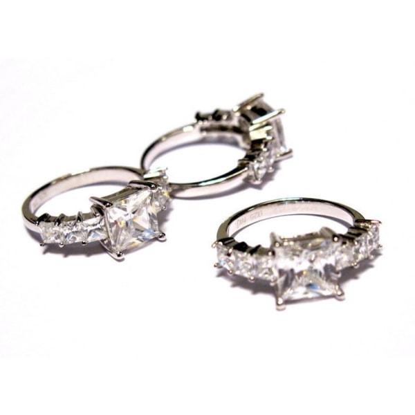 Passion of Åre - Exklusiv ring i silver med Cubic Zirconia stenar