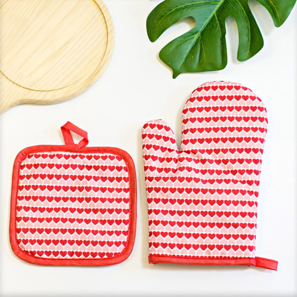 Kitchen Cooking Oven Mitt Heat Resistant Pot Holder Protective Red Heart